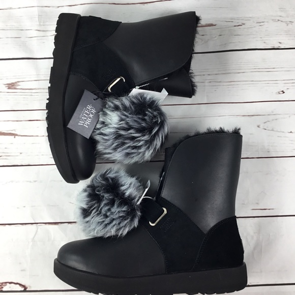 f5758da0fc2 NWT UGG Isley Waterproof Women's Boots Size 9 NWT